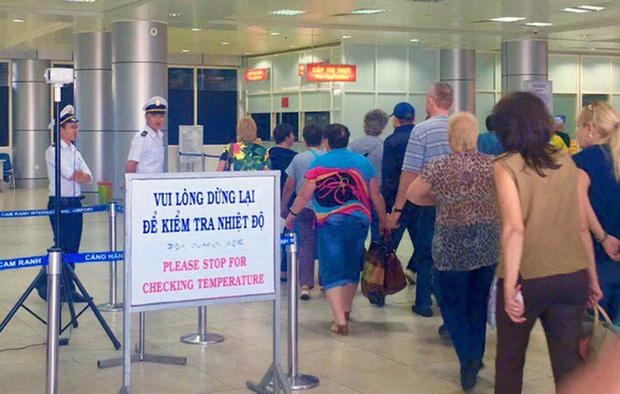 Việt Nam thêm 1 ca mắc Covid-19 mới: Bé trai 1 tuổi trở về từ Nga, được cách ly ngay sau khi nhập cảnh-1