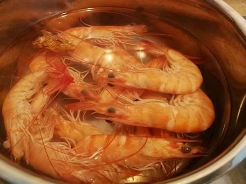 Làm nem hải sản kiểu này chồng con ăn ngon không còn thừa một cái-2