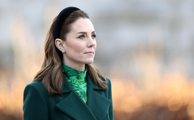 Bị chê nhạt nhòa so với Meghan Markle, Công nương Kate đã chứng minh đẳng cấp khác biệt của mình khiến em dâu phải chịu thua-1