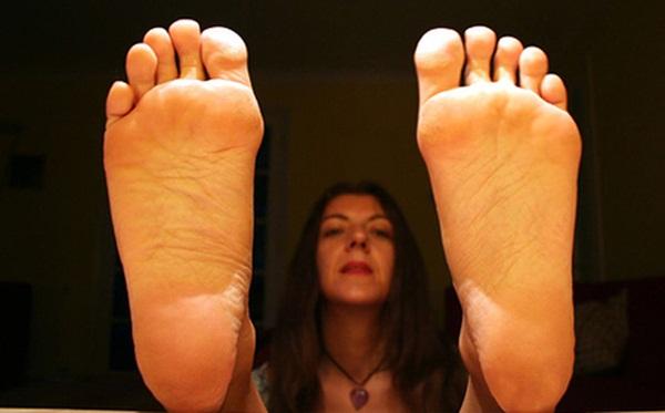 Bàn chân của người nhiều bệnh tật, tuổi thọ kém luôn có chung 7 dấu hiệu nhỏ này: Cả đàn ông lẫn phụ nữ đều nên kiểm tra ngay-4