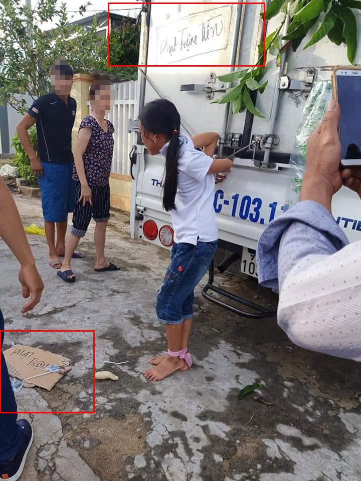Bé gái ăn trộm tiền, ông bà và bố mẹ liền trói vào thùng xe tải đánh túi bụi, thời đại nào rồi còn dạy trẻ bằng đòn roi?-3