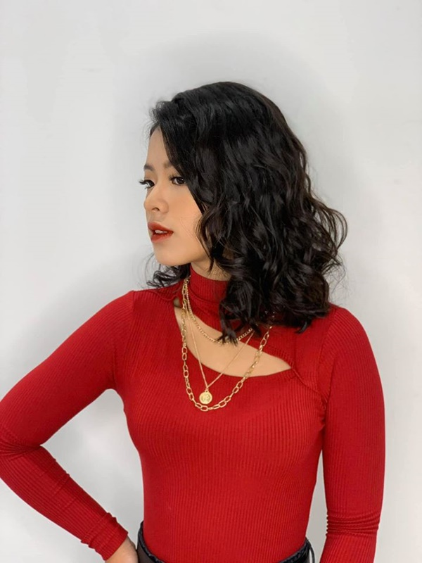 Con gái út 16 tuổi nhà nghệ sĩ Chiều Xuân gây choáng với màn khóa môi bạn trai tình tứ-4