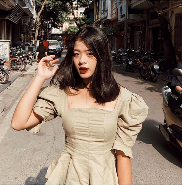 Con gái út 16 tuổi nhà nghệ sĩ Chiều Xuân gây choáng với màn khóa môi bạn trai tình tứ-6