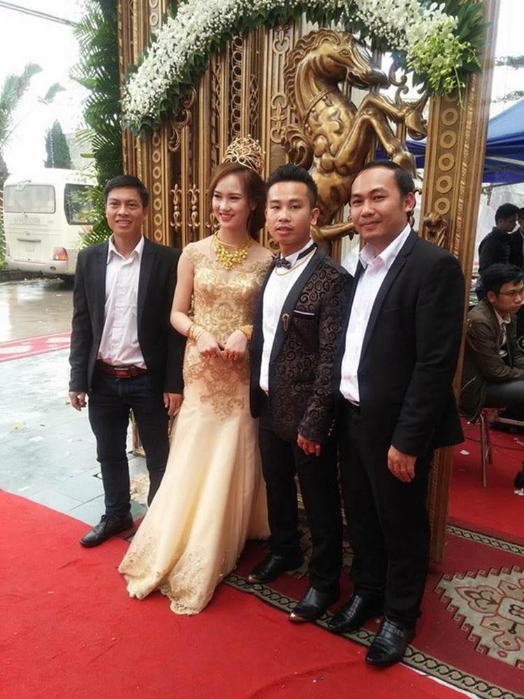 Choáng váng trước tòa lâu đài xây gần 10 năm của triệu phú Nam Định, ngày cưới cô dâu nhận vương miện 100 cây vàng-13