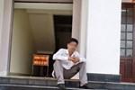Đám tang người nhảy lầu tự tử trong sân tòa: Người thân tiết lộ chuyện đau lòng-4