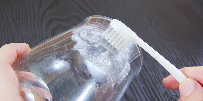 6 cách làm sạch cốc thủy tinh bị ố vàng trong vòng 1 nốt nhạc-2