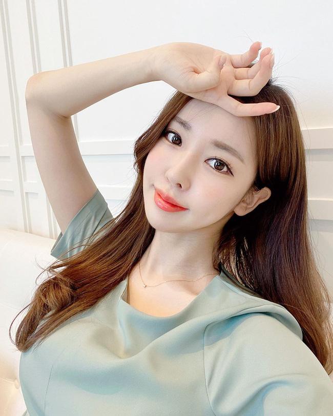 4 nguyên tắc chống nắng giúp phụ nữ Hàn sở hữu làn da sáng mịn, lỗ chân lông gần như vô hình-3