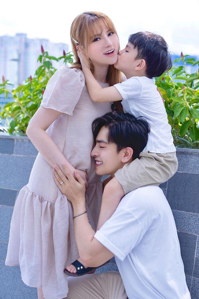 Thu Thủy lần đầu trải lòng khi mang thai lần 2: Ông xã nhiều đêm thức chăm vợ, ốm nghén chẳng khác gì bà bầu-1