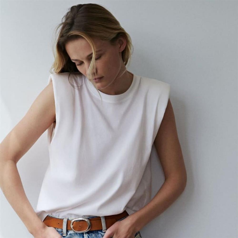 Đây chính là mẫu áo thun hot nhất hè này, càn quét khắp mạng xã hội khiến hội sành mốt không thể ngồi im-4