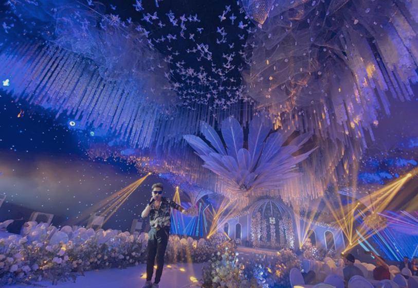 Xôn xao siêu đám cưới tại Ninh Hiệp: Dựng lâu đài trên 1600m2, gần 200 người kì công chuẩn bị và loạt sao bự tham dự-4