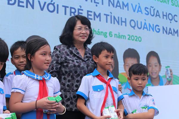 Quảng Nam chính thức triển khai chương trình Sữa học đường-1