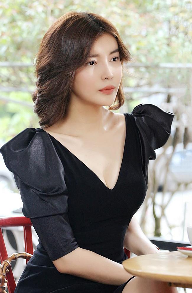 Chân dung bạn trai tin đồn của Minh Hằng: Là đại gia chống lưng cho bạn gái, từng có quan hệ yêu đương với Cao Thái Hà?-11