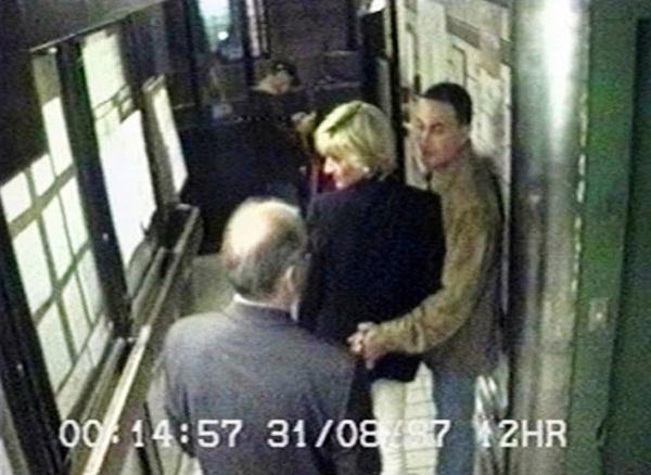 Điều ít biết về hình ảnh cuối cùng của Công nương Diana trước khi gặp tai nạn và người đàn ông nguyện ở bên bảo vệ bà suốt cuộc đời-4