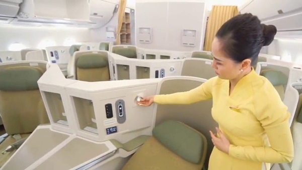 Thu nhập mỗi giờ bay của tiếp viên hàng không Vietnam Airlines là bao nhiêu?-3