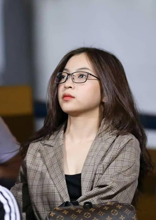 Nhật Lê lần đầu chia sẻ lời khuyên bảo của bố dành cho con gái khi chia tay mối tình năm 17 tuổi cùng Quang Hải-4