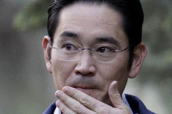 """Vừa mới được ân xá không lâu, Thái tử"""" Samsung bị bắt giữ lần 2 vì tội gian lận và thao túng thị trường-1"""