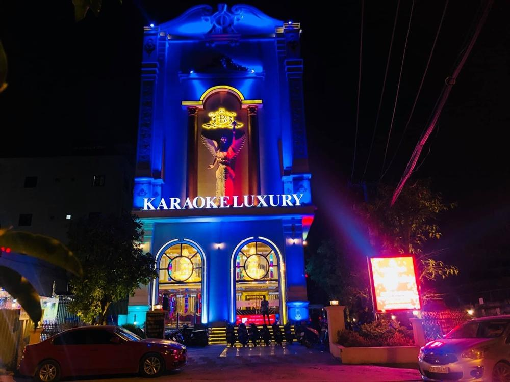 Tốn 10 tỷ mở 1 quán karaoke, điều chưa kể của 1 ông chủ-1