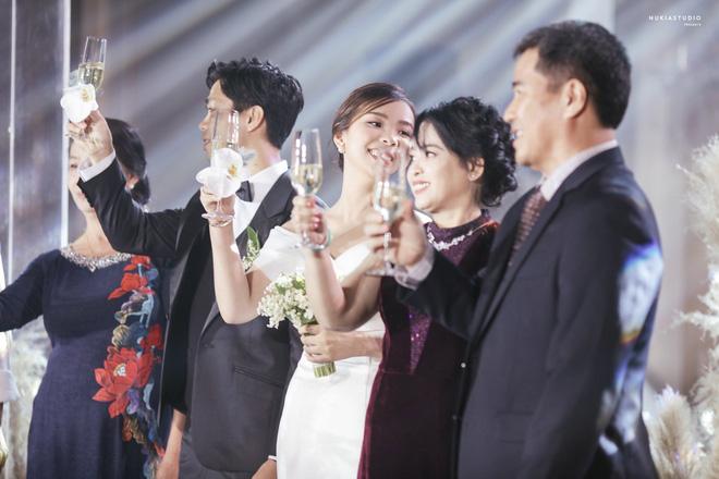 Công Phượng lần đầu lên tiếng sau lễ đính hôn, khoe ảnh cưới đẹp lung linh-2