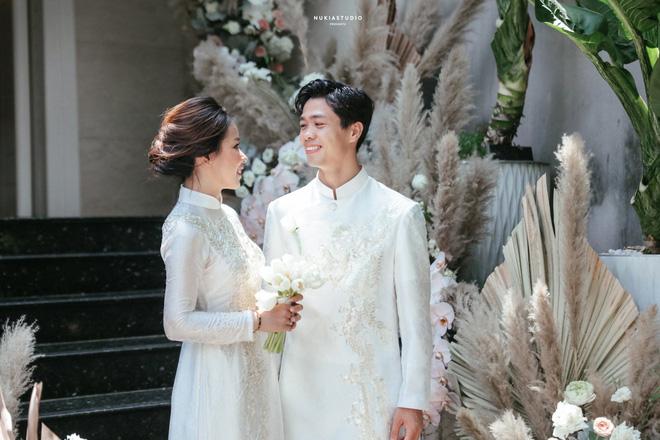Công Phượng lần đầu lên tiếng sau lễ đính hôn, khoe ảnh cưới đẹp lung linh-6