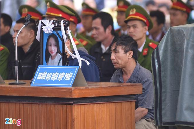 Bố nữ sinh giao gà ở Điện Biên kiến nghị không tử hình 6 bị cáo-2