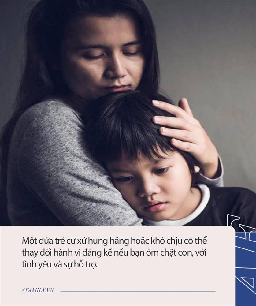 Chuyên gia gợi ý bố mẹ 20 cách xử lý thay vì mắng/phạt con khi trẻ cáu giận hay bướng bỉnh-3