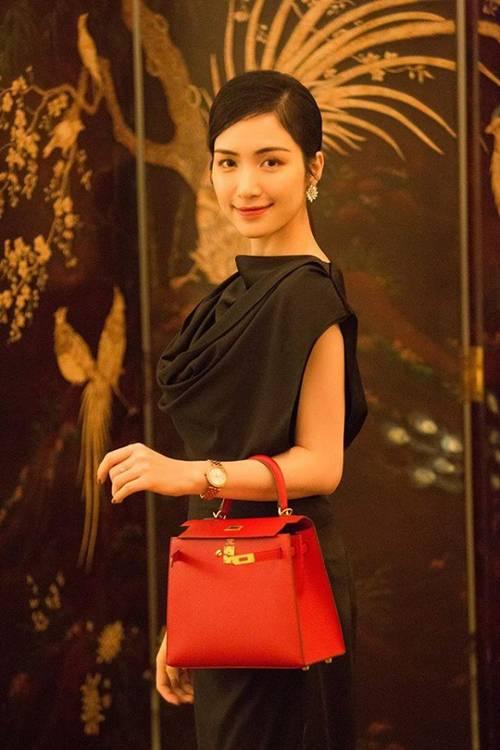 Từng phải thanh lý đồ hiệu để làm MV, Hòa Minzy giờ đã tậu ngay chiếc túi 350 triệu đồng-1