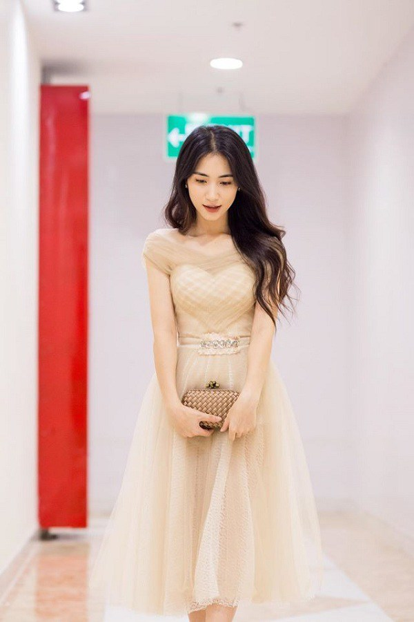 Từng phải thanh lý đồ hiệu để làm MV, Hòa Minzy giờ đã tậu ngay chiếc túi 350 triệu đồng-7