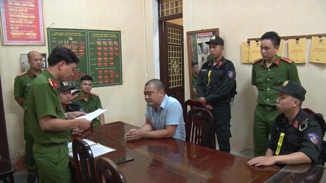 Trưởng đài hóa thân hoàn vũ ở Nam Định vừa bị bắt là chồng nữ giám đốc công ty Trường Dương - ông trùm chủ mưu cưỡng đoạt tiền hỏa táng?-3