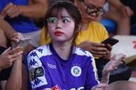 Bạn gái Quang Hải tranh thủ ăn tối trước trận CLB Hà Nội - HAGL
