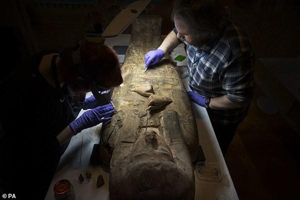 Đưa xác ướp 3.000 năm tuổi của công chúa Ai Cập ra khỏi quan tài, phát hiện bức chân dung bí ẩn cùng hàng loạt câu hỏi chưa có lời giải đáp-1