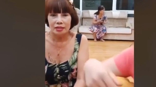 Xôn xao thông tin cô dâu 65 tuổi ở Đồng Nai thường xuyên bị chồng 24 tuổi bạo hành-4