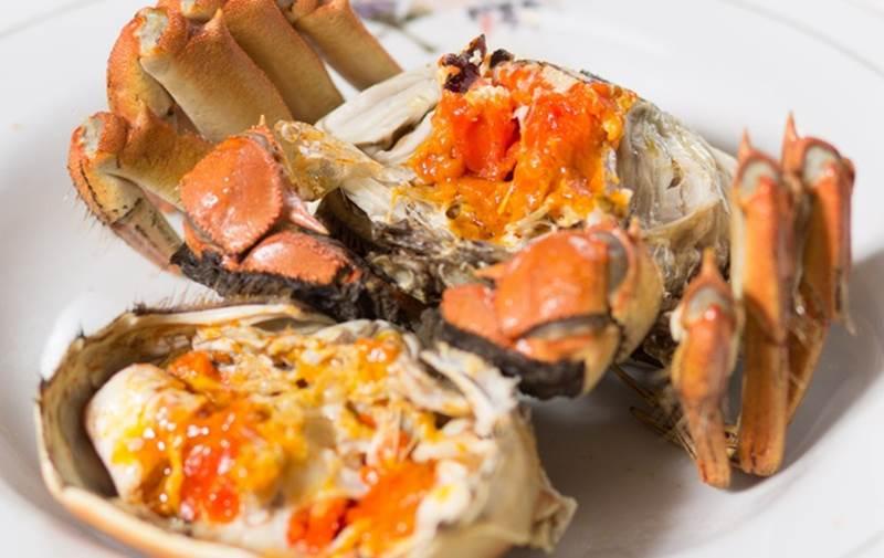 Ăn hải sản mấy chục năm ai nghĩ đơn giản PHẦN MÀU VÀNG trong con cua biển là GẠCH đều sai hết rồi nhé!-4