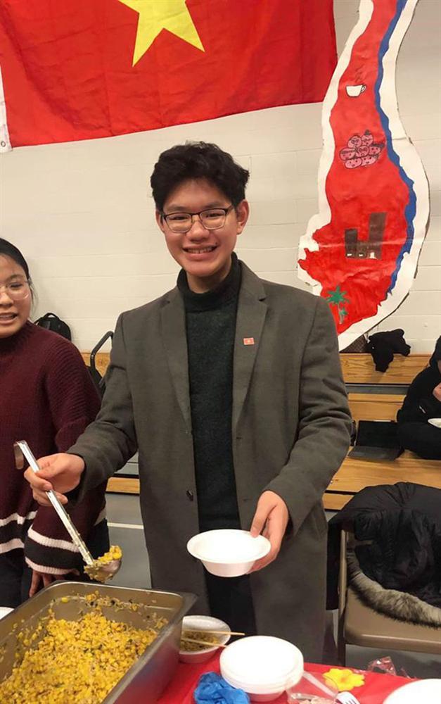 Nam sinh 18 tuổi nhận học bổng 21 đại học, founder tổ chức nhận hỗ trợ từ Liên Hợp Quốc, trình độ ngang sinh viên xuất sắc nhất Harvard-5