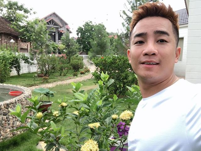 Mê mẩn khu vườn ngập tràn hoa lá của Khánh Thi, Duy Nam, Mai Ngọc-4
