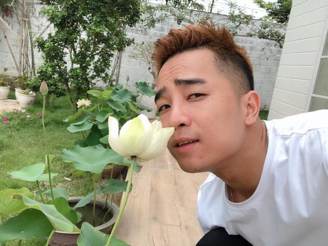 Mê mẩn khu vườn ngập tràn hoa lá của Khánh Thi, Duy Nam, Mai Ngọc-9
