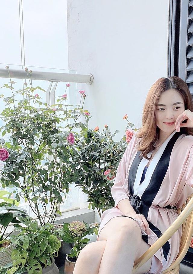 Mê mẩn khu vườn ngập tràn hoa lá của Khánh Thi, Duy Nam, Mai Ngọc-21