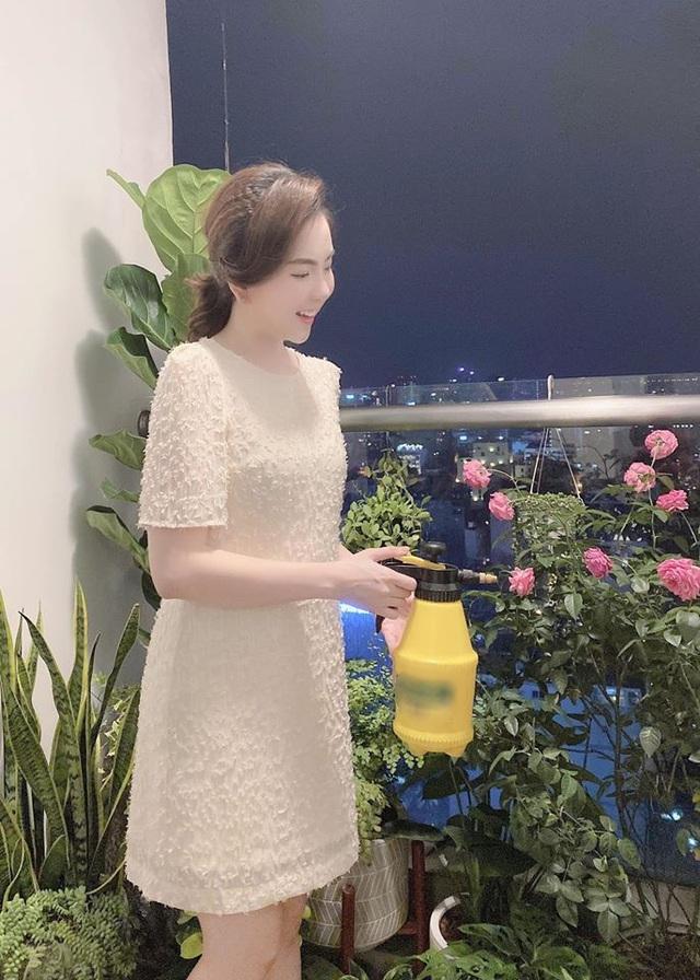 Mê mẩn khu vườn ngập tràn hoa lá của Khánh Thi, Duy Nam, Mai Ngọc-22