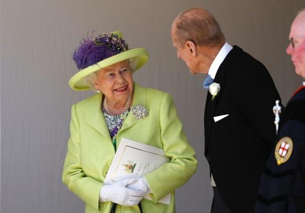 Chồng Nữ hoàng Anh mừng sinh nhật lần thứ 99 bằng bức ảnh ý nghĩa, chặng đường 72 năm bên nhau của cặp đôi khiến ai cũng ngưỡng mộ-11