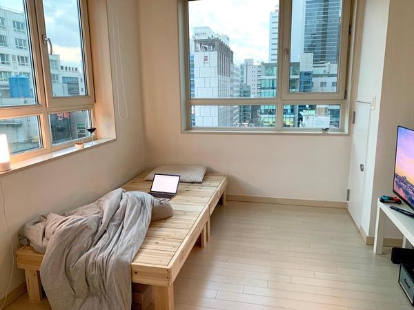 Những căn phòng tí hon chỉ 3 - 6m² nhưng chẳng thiếu thứ gì ở Hàn Quốc và Nhật Bản: Xu hướng thiết thực và được ưa chuộng của giới trẻ-3