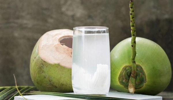 Nắng nóng uống nước dừa cực mát, nhưng không tránh những điều này thì dễ rước họa-2