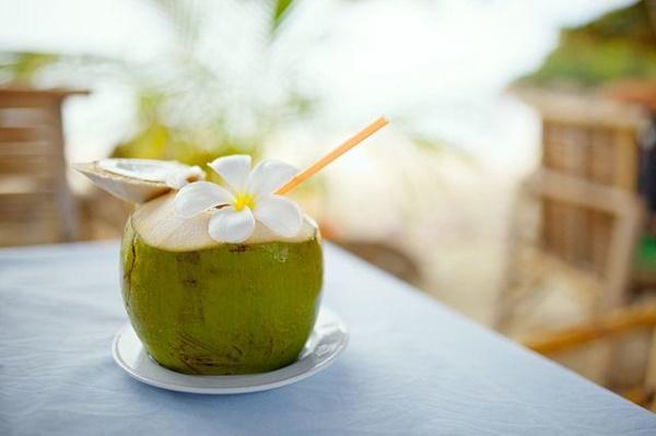 Nắng nóng uống nước dừa cực mát, nhưng không tránh những điều này thì dễ rước họa-3