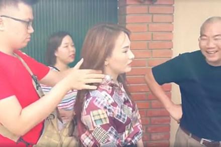 Diễn viên Việt kiệt sức vì đóng phim dưới nắng nóng gay gắt