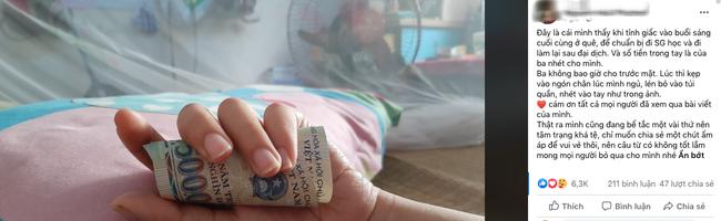 Người cha dúi từng đồng tiền vào tay con gái lúc con say ngủ trước khi lên đường ra thành phố nhập học khiến dân mạng xúc động ứa nước mắt-1