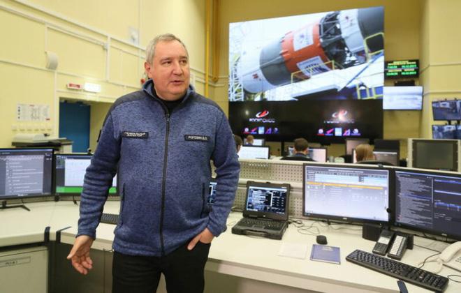 Cơ quan vũ trụ Nga bất ngờ đổi giọng cay nghiệt khi nói về thành công của SpaceX-2