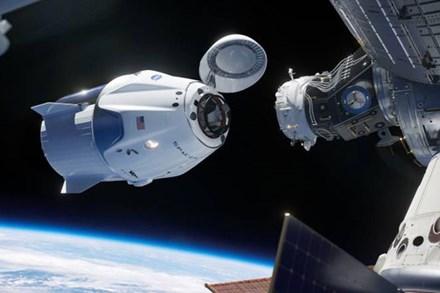 Cơ quan vũ trụ Nga bất ngờ đổi giọng cay nghiệt khi nói về thành công của SpaceX