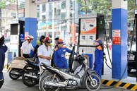 Lần thứ 3 liên tiếp, giá xăng dầu tăng mạnh