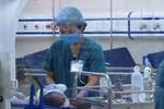 Thông tin bất ngờ về người mẹ bỏ rơi con dưới hố ga ở Hà Nội-4