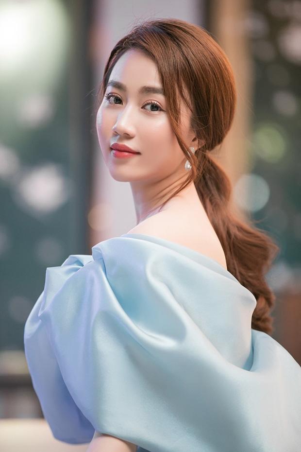 Huỳnh Hồng Loan lên tiếng về phát ngôn gây tranh cãi hậu chia tay Tiến Linh: Chỉ yêu đàn ông giàu vì nghèo là không thông minh-2