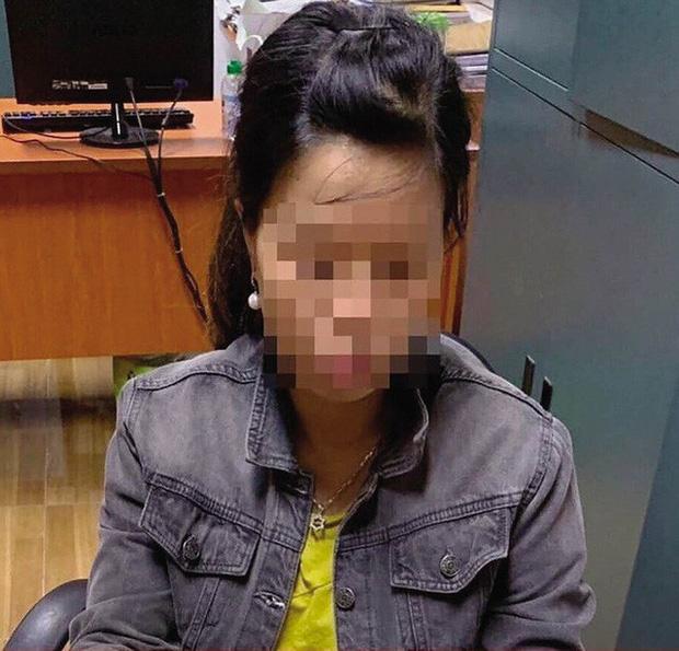 Thông tin bất ngờ về người mẹ bỏ rơi con dưới hố ga ở Hà Nội-1