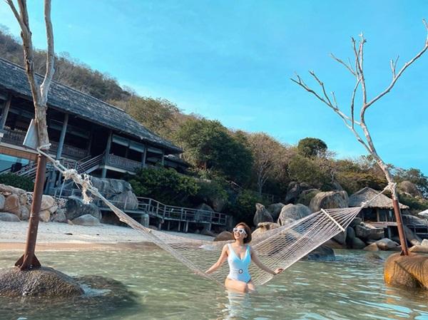 Hot girl Trâm Anh lần đầu đăng ảnh bikini nóng bỏng sau biến cố-3